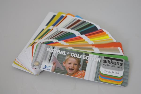 Color fan deck for SIKKENS RUBBOL Collection